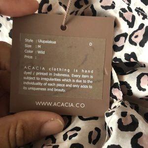 acacia swimwear Tops - NWT ulupalakua acacia TOP ONLY